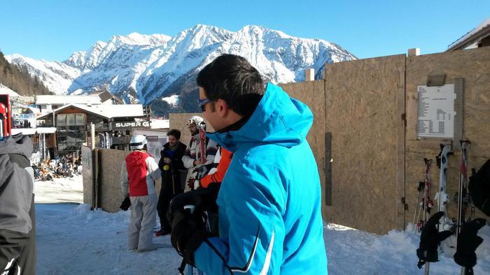 Matteo Renzi capodanno sulla neve a Courmayeur tra selfie e sciate