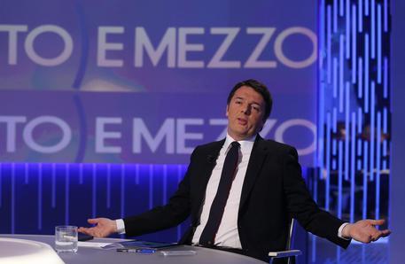 Renzi, la norma salva Berlusconi l'ho scritta io e il fisco fa schifo