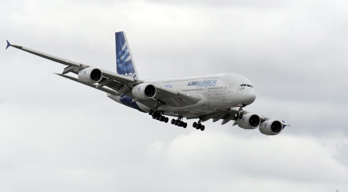 Air France, pilota cambia rotta era troppo stanco