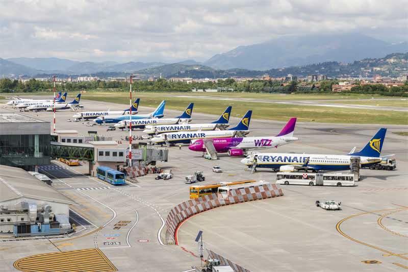 Bergamo-panico-per-allarme-bomba-all-aeroporto-di-Orio
