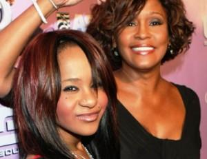 Bobbi-Kristina-morirà-lo-stesso-giorno-della-madre-Whitney-Houston
