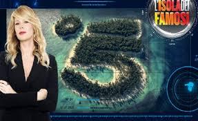Isola-dei-Famosi-via-la-Spaak-Cecilia-Rodriguez-è-Eva-al-televoto-Scanu-e-Oliva
