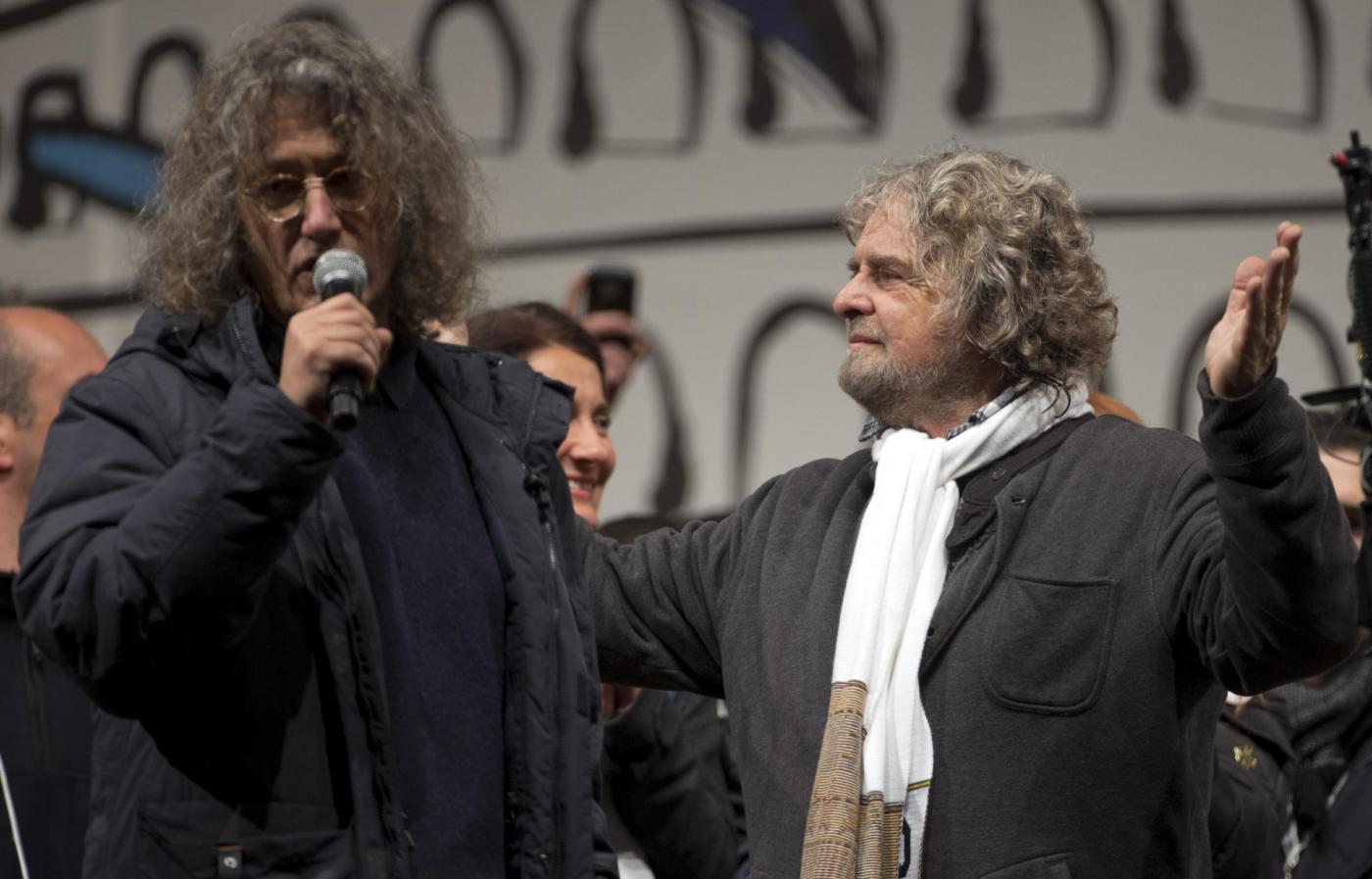 Grillo a Roma il primo spettacolo senza Casaleggio, mi manca tantissimo