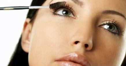 Menopausa precoce, una delle cause i cosmetici