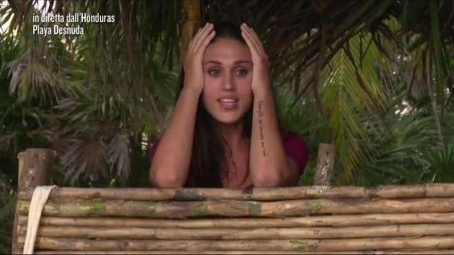 Selvaggia-Lucarelli-su-Cecilia-Rodriguez-nuda-per-una-settimana-non-ha-stoffa