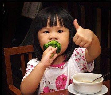 Alimenti pericolosi, le regole per evitare di ammalarsi