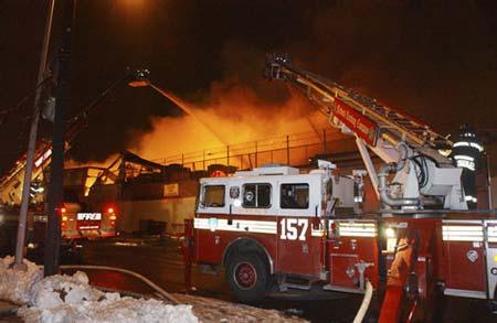 Polignano a Mare, devastante incendio in un noto ristorante sulla costa