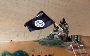 Isis-fuga-dalla-città-di-Derna-in-Libia