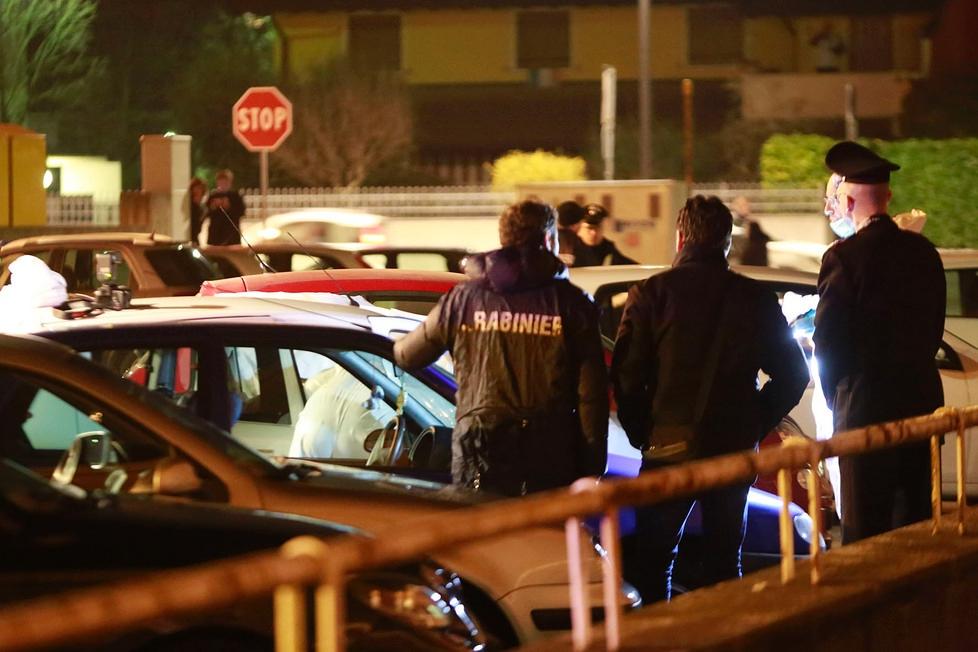 Pordenone choc trovati morti due giovani in un'auto erano fidanzati