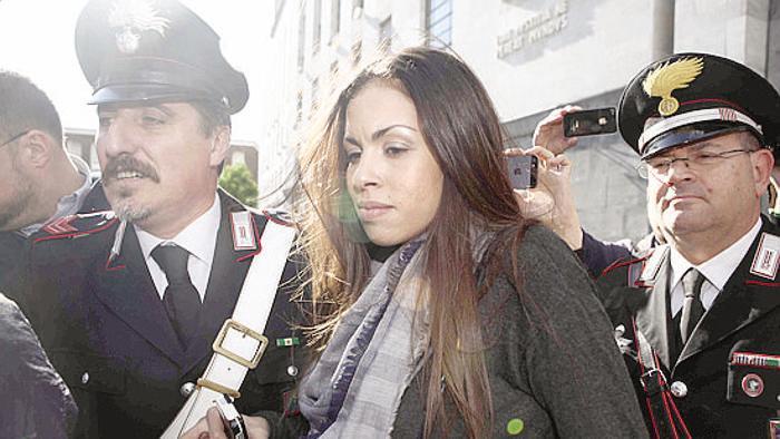 Processo Ruby, Berlusconi assolto da Cassazione, ex cavaliere esulta