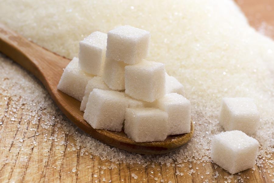 Zucchero, per l'OMS è necessario diminuire i cucchiaini
