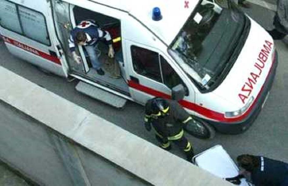 Ostia-ragazzo-di-16-anni-cade-dal-balcone-è-in-prognosi-riservata