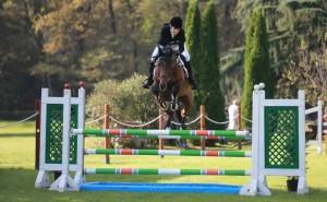 Torino-gara-ippica-muore-amazzone-schiacciata-dal-suo-cavallo