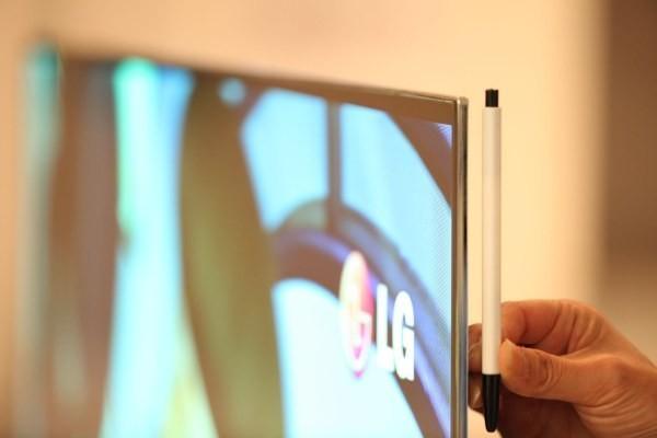 Lg-presentato-il-televisore-più-sottile-a-tecnologia-OLED