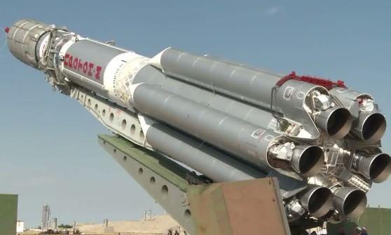 Missile-russo-Proton-M-si-schianta-a-Baikonur-in-Siberia