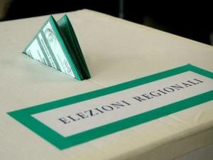 Ultimi-sondaggi-elezioni-regionali-2015-Puglia-su-Emiliano- testa-a-testa-in-Campania-e-Liguria