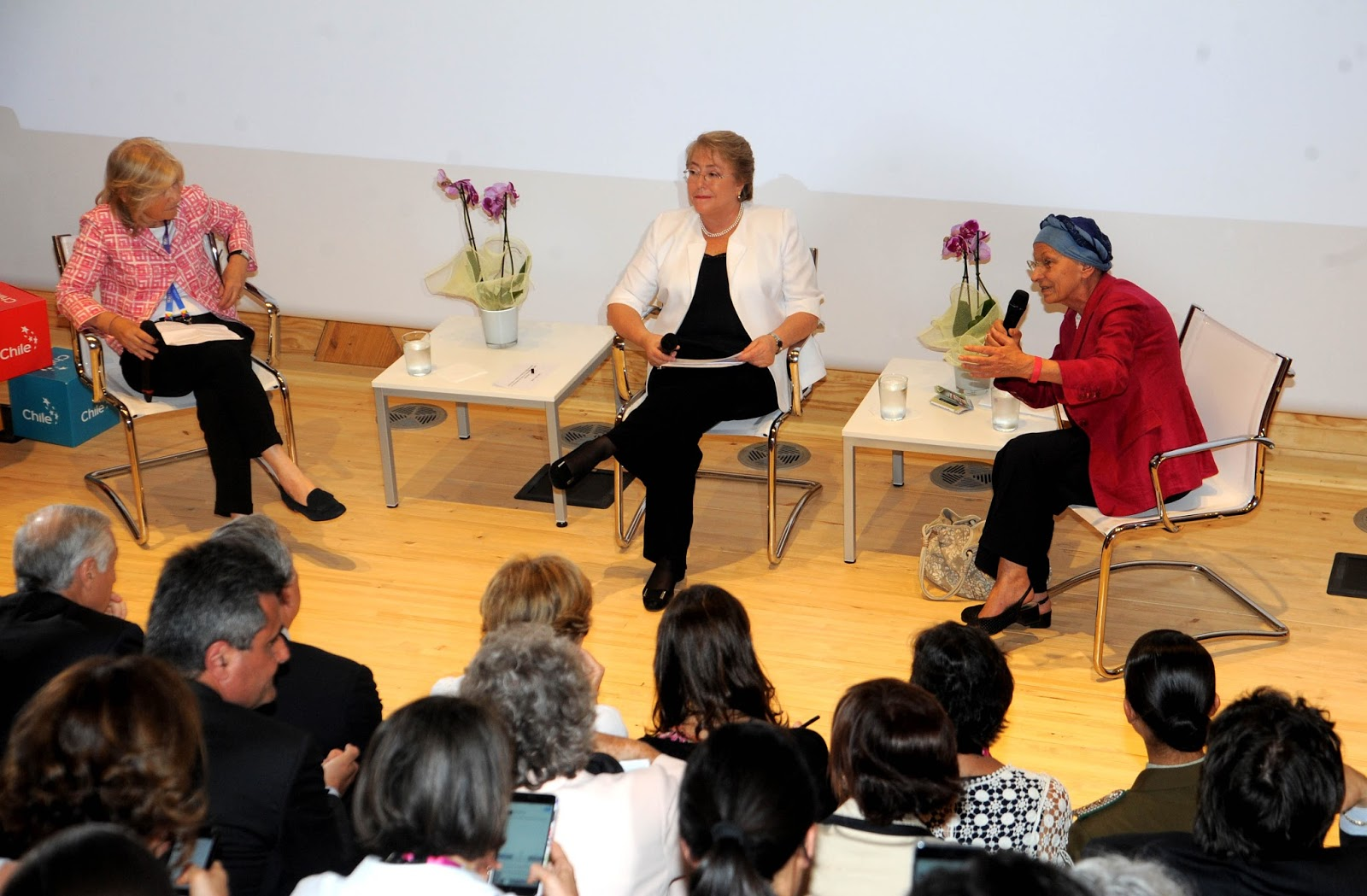 Bachelet-e-la-Bonino-a-Expo-2015-per-la-fame-nel-mondo