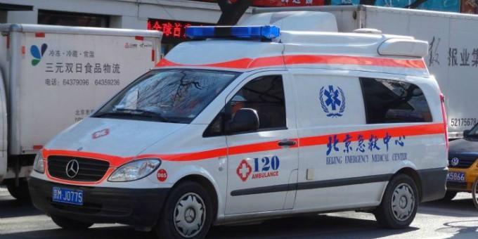 Cina-marito-trova-la-moglie-con-l-amante-e-lo-uccide-a-coltellate-per-strada
