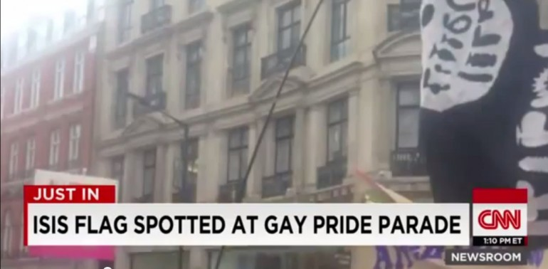 Gaffe CNN, bandiera Isis al Gay Pride ma era Sexy Toy
