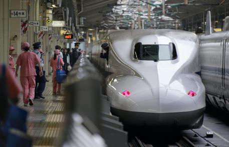 Giappone-choc-uomo-si-da-fuoco-in-un-vagone-del-treno-proiettile