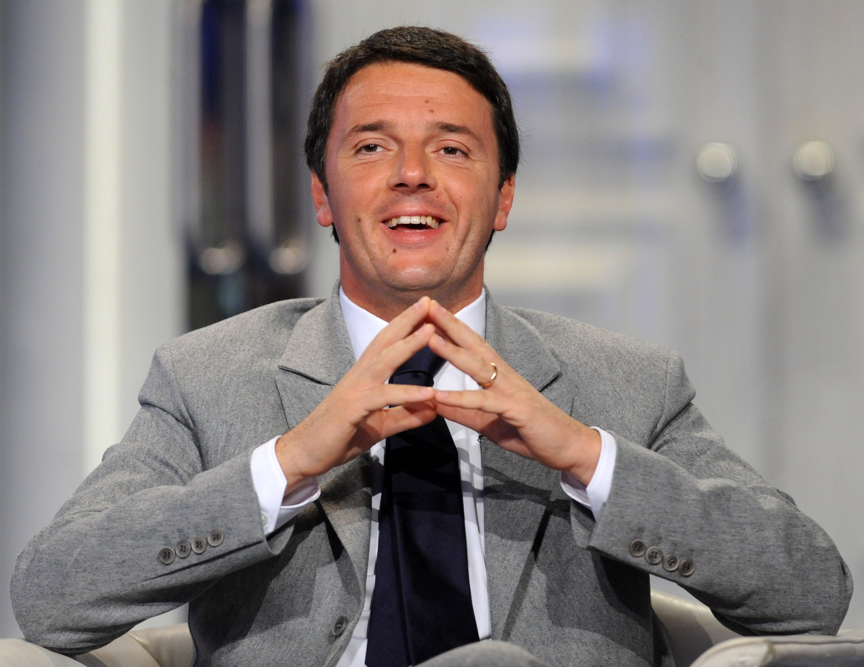 Immigrati, Renzi serve diritto d'asilo europeo