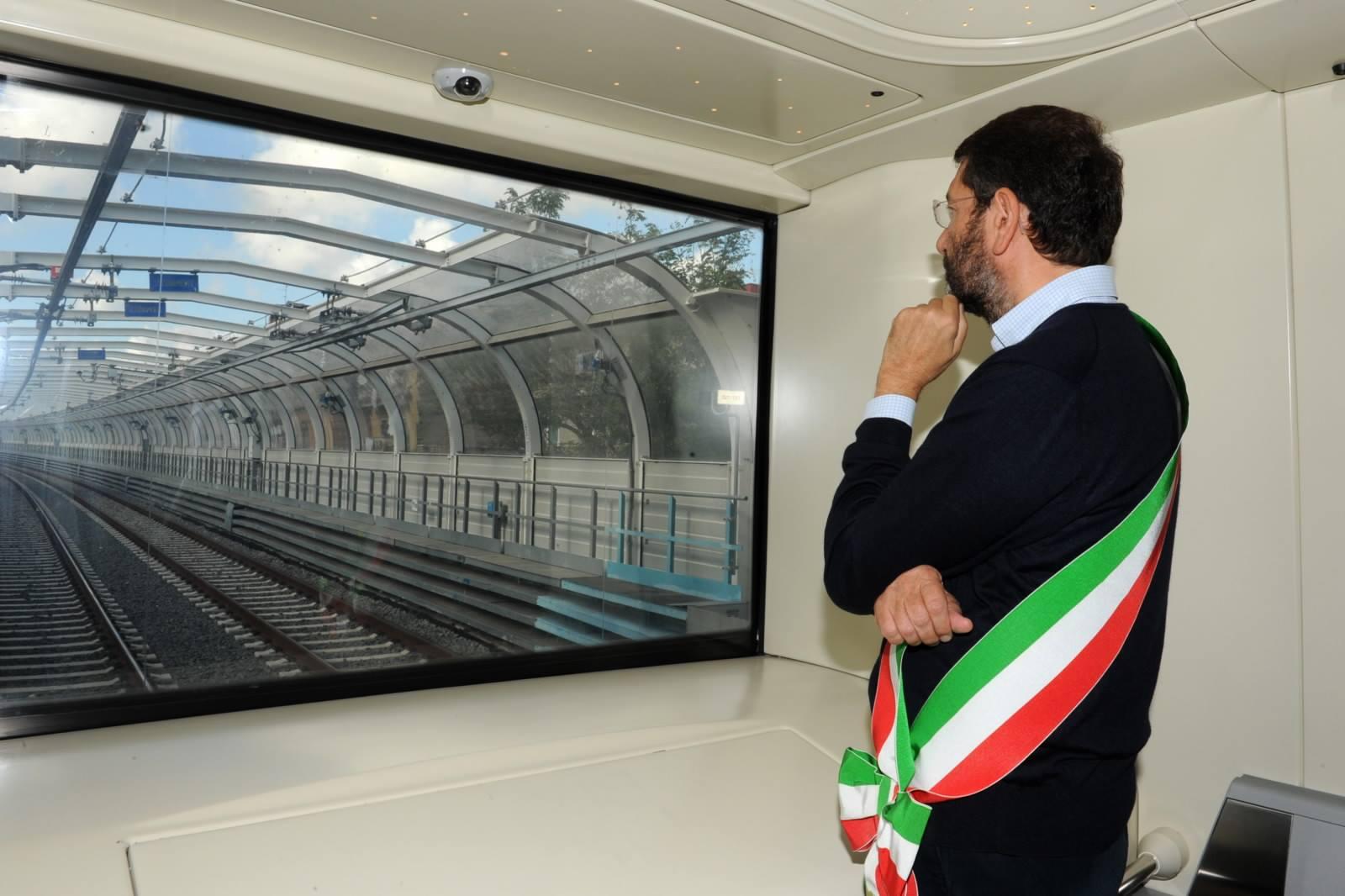 Metro C, a Roma il sindaco Marino ha inaugurato sei nuove stazioni