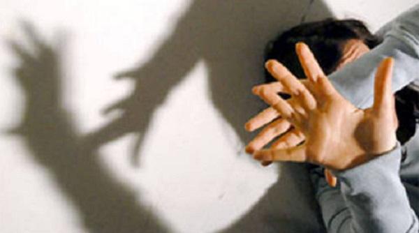 Roma, uomo ubriaco cerca di violentare ragazza di 19 anni
