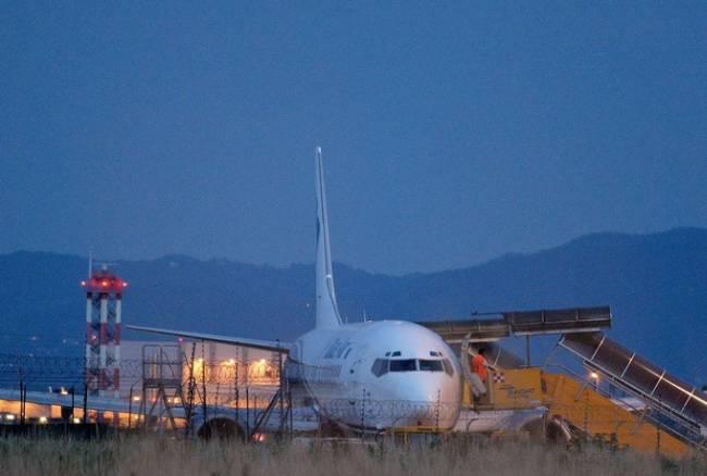 Torino, Boeing 737 costretto ad atterraggio emergenza a bordo c'era Storari
