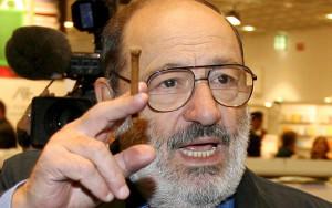 Umberto-Eco-sui-social-network-invasione-di-imbecilli