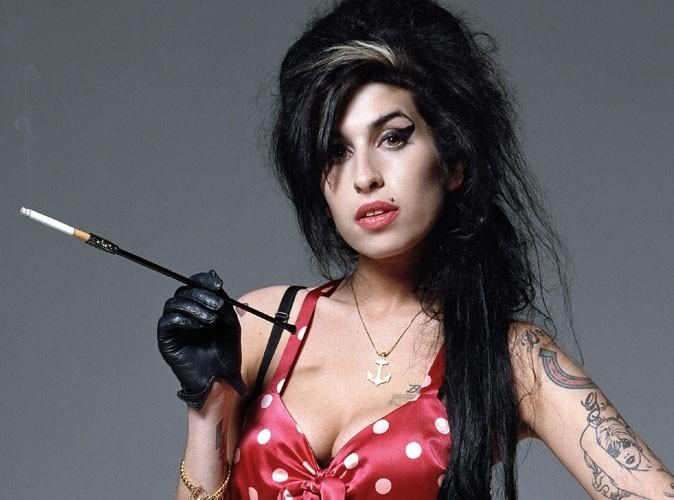 La-rivelazione-choc-del-papà-di-Amy-Winehouse-pensava-di-essere-incinta