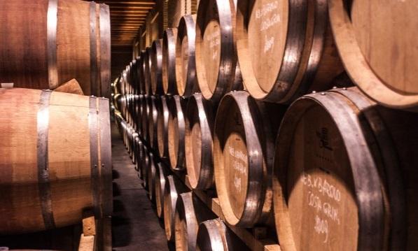 Import-vino-luci-dalla-Cina-e-dagli-Usa-crollo-in-Russia