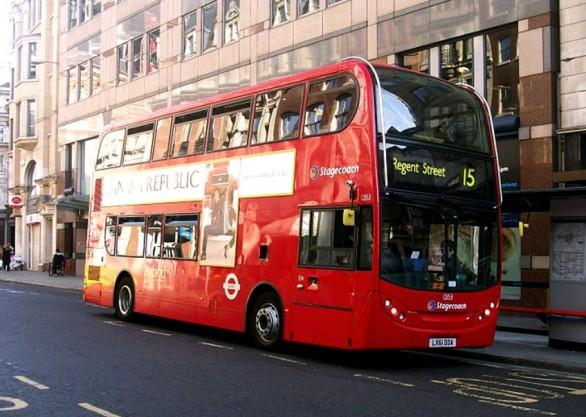 Londra-i-bus-rossi-a-due-piani-presto-saranno-green