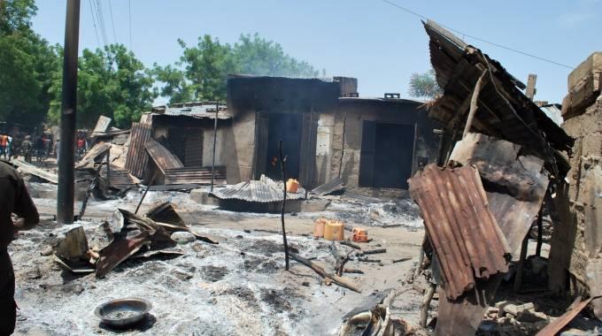 Nigeria-attentato-in-una-chiesa-donna-kamikaze-si-fa-esplodere