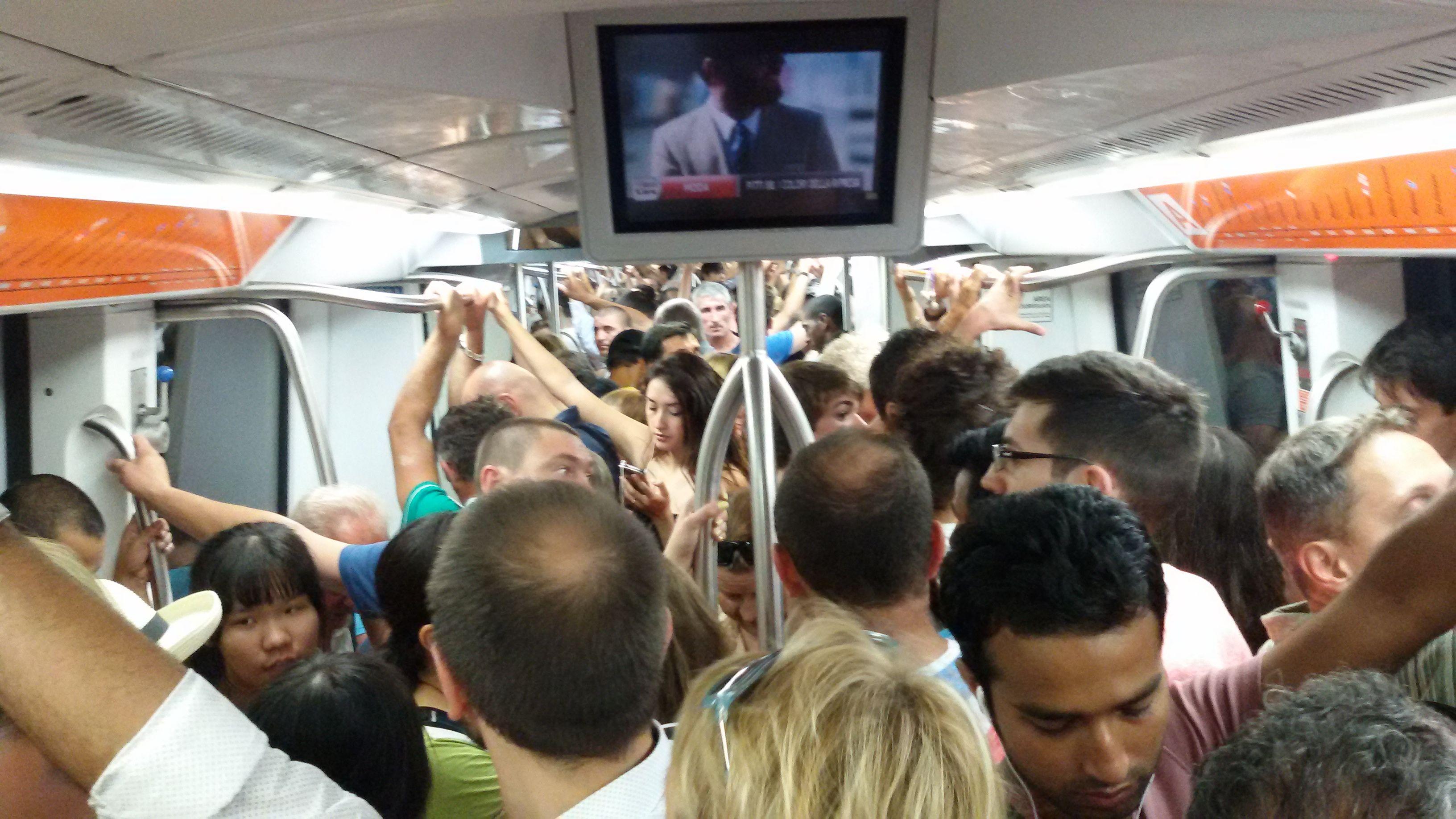 Roma-linea-Metro-B-treno-bloccato-a-Tiburtina-per-un-ora