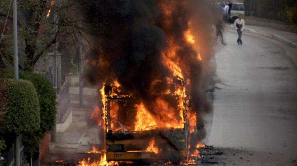 Roma-via-Tiburtina-nuovo-bus-in-fiamme-sono-già-dieci-i-casi
