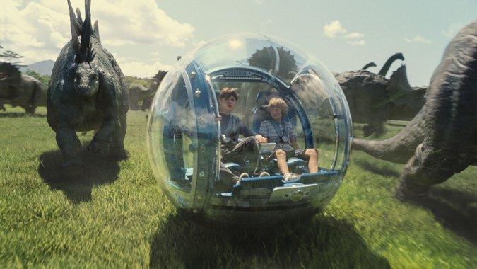 Jurassic-World-terzo-film-più-visto-di-sempre-ed-in-arrivo-il-sequel