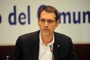 Bologna-assemblea-Pd-unanime-il-candidato-sindaco-sarà-Merola