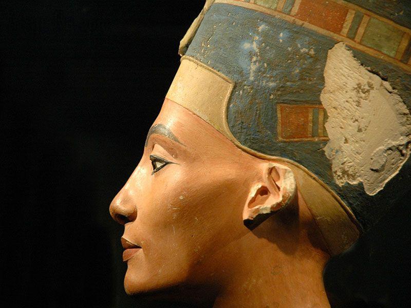 Egitto-nella-tomba-di-Tutankhamon-sepolta-anche-la-regina-Nefertiti