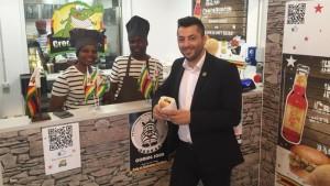 Expo-Zimbabwe-dopo-hamburger-al-coccodrillo-arriva-quello-di-zebra