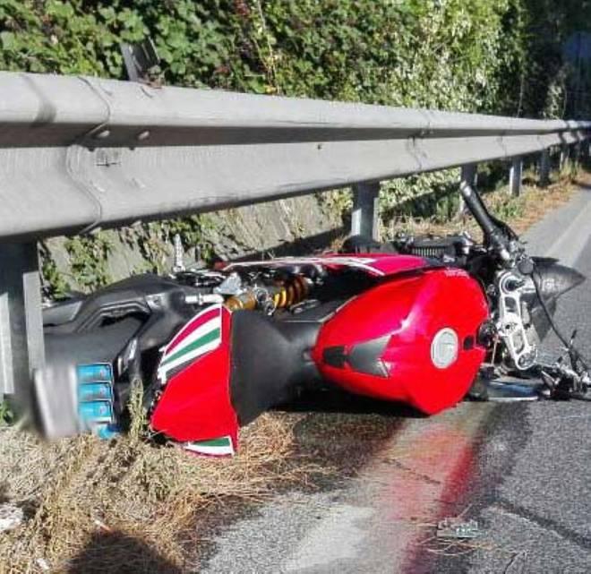 Marino-grave-incidente-stradale-moto-si-schianta-contro-auto