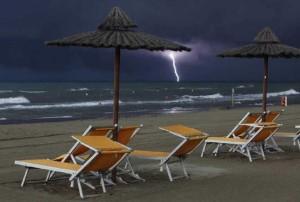 Maltempo-allerta-meteo-su-regioni-settentrionali-temporali-in-Liguria