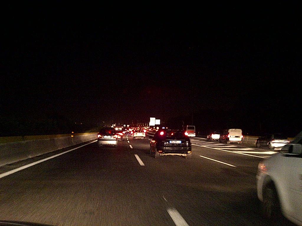Roma-incidente-su-GRA-uomo-con-la-macchina-precipita-dal-cavalcavia