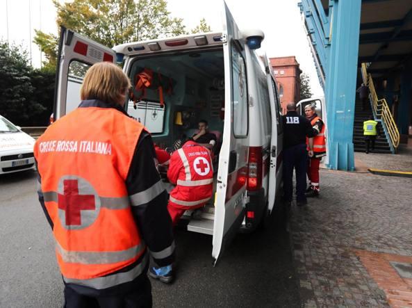 Torino, paziente schizofrenico rifiuta Tso e aggredisce infermiere e medico