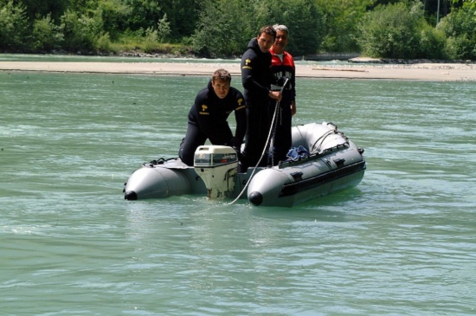 Strambino-giallo-per-donna-trovata-morta-in-un-lago-artificiale