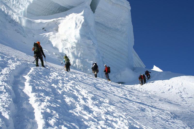 Monte-Bianco-si-riapre-il-conflitto-tra-Italia-e-Francia-per-il-confine