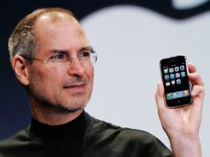 Steve-Jobs-severo-con-i-figli-non-voleva-che-utilizzassero-iPhone-e-iPad-ecco-il-motivo