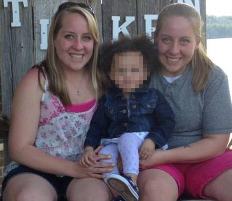 Usa-coppia-di-lesbiche-bianche-non-avrà-risarcimento-per-figlia-nera
