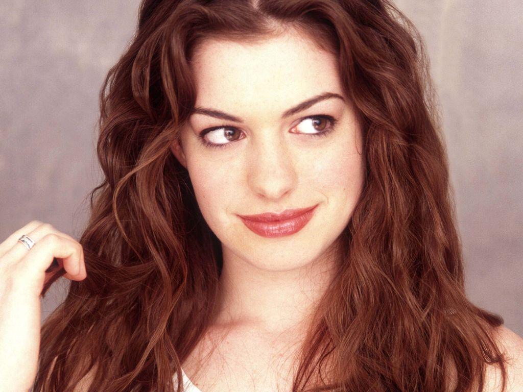 Anne-Hathaway-capricci-da-diva-colazione-rimandata-indietro-per-4-volte