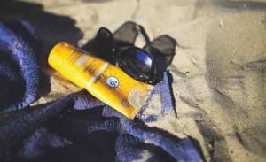Creme-solari-l-'oxybenzone-è-il-killer-delle-barriere-coralline-a-rischio-i-Caraibi