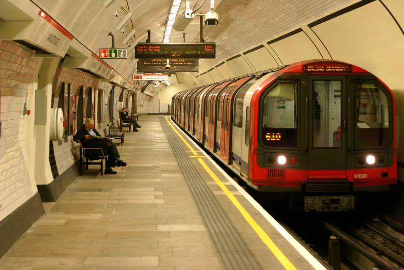 Londra, la metropolitana è green ricicla energia dalle frenate dei treni